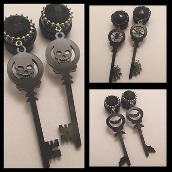PICK SIZE Black Skeleton Spider Bats keys acrylic Laser Cut dangle plug ear gauges Plugs