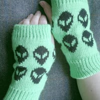 Alien Fingerless Gloves In Acrylic Yarn