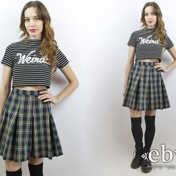 Plaid Mini Skirt Pleated Plaid Skirt 90s Skirt Schoolgirl Skirt Skater Skirt 90s Mini Skirt Navy Plaid Skirt Vintage 90s Grunge Skirt M