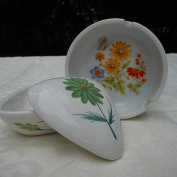 70s Hand Painted Trinket Box Ashtray Made in Japan White Green Daisy Yellow Orange Blue Red Flower Butterfly Vintage Lot Vanity Desk Ceramic