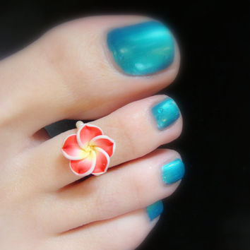 Red Polymer Flower Stretch Bead Toe Ring
