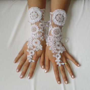 Snow white lace bridal gloves