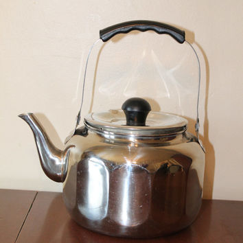 Vintage stainless steel tea pot  kettle silver  design in excellent condition