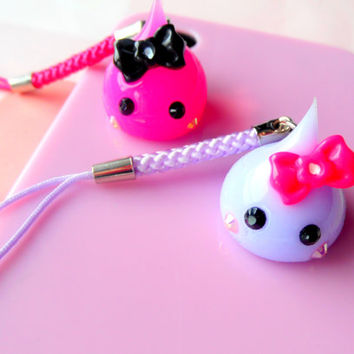 Purple Hoppe Chan, Squishy, Cute Phone Charm, Tamagotchi, Kawaii Charms, Dust Plug Charm, Nintendo 3DS, PS Vita, Harajuku Pink Ribbon Charm