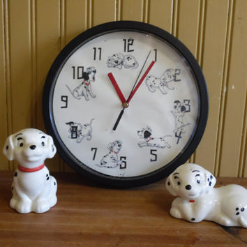 FREE SHIPPING - 101 Dalmatian Clock/101 Dalmatian Salt and Pepper Shakers/Disney Salt and Pepper Shakers/Disney Clock