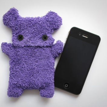 Fellfische - fluffy Cellphone Case for Iphone 3 & 4 - Purple