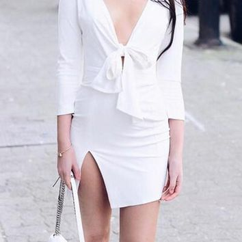 Streetstyle  Casual White Plain Irregular Bow Deep V-neck Slit Bodycon Club Homecoming Mini Dress