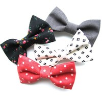 Tiny Coral and Black Bow Pack