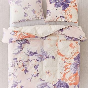 Cabbage Rose Duvet Cover | Urban Outfitters