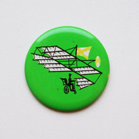 Vintage (4 cm) 1.57''science invention aeroplane airplane brooch badge token clasp pinion pin button cordon band medallion pinback flying