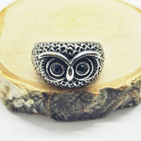 Vintage Stainless Steel Owl ring (unisex)