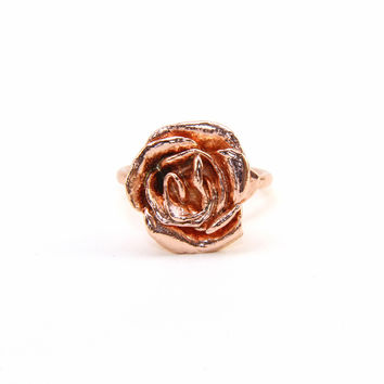 Charlotte Rose Ring. Yellow or Rose Gold.