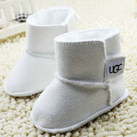 White boots Baby girl boy snow shoes/0-15 month infant shoes/prewalker/snow shoes for kids
