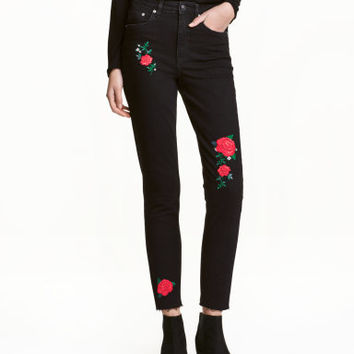 H&M Embroidered Jeans $34.99