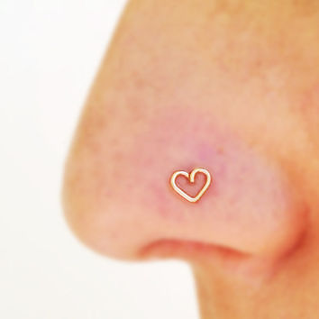 Heart nose stud, tiny nose stud, small heart earring, Heart Tragus, Nose Ring,Cartilage Earring 14K Gold filled silver sterling nose ring