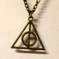 Harry potter slytherin or deathly hallows necklace