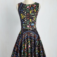 Luck Be a Lady Dress in Bright Blossoms | Mod Retro Vintage Dresses | ModCloth.com