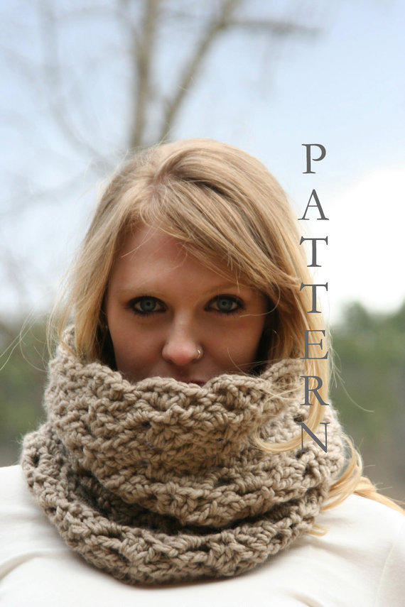 Crochet Pattern Chunky Cowl Scarf Snood From