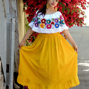 Peasant Top Blouse Tunic Embroidered Multicolor Flowers