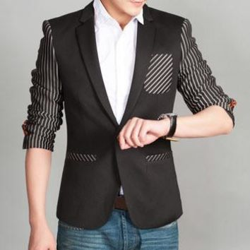 Men's Unique Stripe Blazer With Pocket Feature