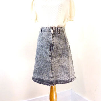 Vintage Acid Wash Skirt / Short Jean Skirt / High Waisted Denim Skirt / 80s Jean Skirt XS S