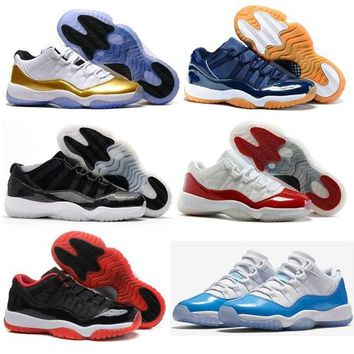 High Quality Retro 11 Low Closing Ceremony Navy Gum Basketball Shoes Men Women 11s Barons Varsity Red Bred Legend Blue Sneakers With Box
