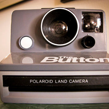 Vintage 1980s Polaroid Camera The Button by timepassagesshop