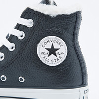 Converse Chuck Taylor High-Top Shearling Lined Trainers in Black - Urban Outfitters