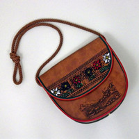 Vintage Brown Leather Purse // Long Strap // Great Coloring Detail // Snap Button Closure