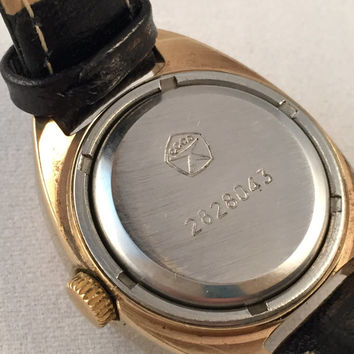 LUCH AUTOMATIC Women's Soviet watch ,21 jewels with date, made in Ussr 70s,  Gold Plated, RARE  Dial
