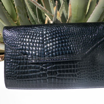 Alligator Skin Clutch. Faux Skin. Black. Convertible Purse. Removeable Shoulder Strap. Vintage. Large Clutch. Handbag.