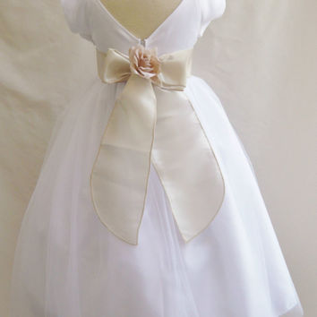 V-Back White with Colorful Sash