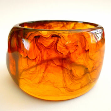 Lucite Bracelet Bangle Dark Amber Swirl Vintage Giant