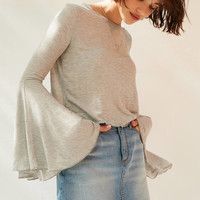 Kimchi Blue Vera Long Sleeve Ruffle Top | Urban Outfitters