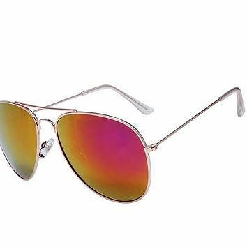 Ray Ban Aviator Gradient RB3025 Yellow Rose Gold Sunglasses