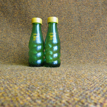 1950's Squirt Salt and Pepper Shakers - collectible- fun- kitsch- novelty ~ fun gift ~ coworker gift ~ collectible salt and pepper shakers