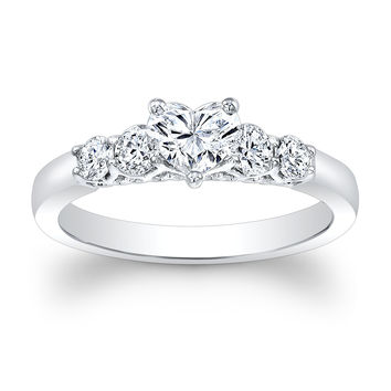 Ladies 14kt white gold 1.00ct Heart Shape Center engagement ring with 0.50 ctw G-VS2 round diamonds
