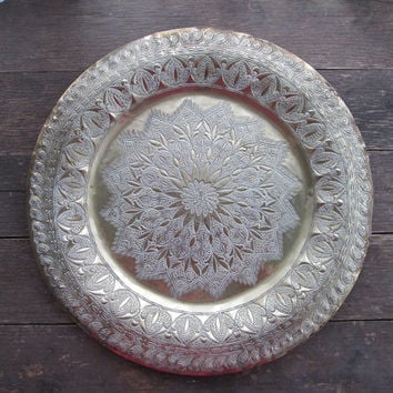 Lovely Moroccan Hand Hammered Brass Tray / Table Platter