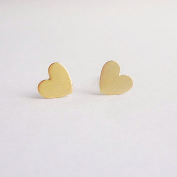 Pretty Tiny Gold Heart Stud Earrings, Heart Earrings Bridesmaid Gift. Minimal Jewelry,Gift under 10