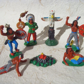 Vintage American Indians - Set of 7 Vintage German toys Made in 1970s