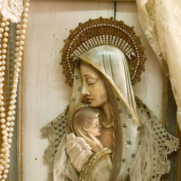 Vintage Virgin Mary wall Lace rhinestones decor shabby chic altered Mother of Jesus wall plaque crowned distressed