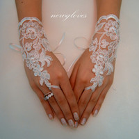 ivory Wedding Glove, Fingerless Glove, High Quality lace, ivory wedding gown, UNIQUE Bridal glove, bridal gloves, handmade