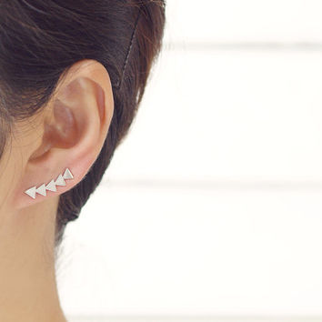 Tiny Arrows Ear Pin Earrings / triangle ear cuff crawler, ear pins, minimalist ear cuffs, ear cuff earrings, ear crawler / E158