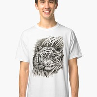 'King of the jungle' Classic T-Shirt by GittaG74