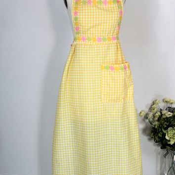 Vintage 1980s Full Cotton Gingham Apron With Floral Trim