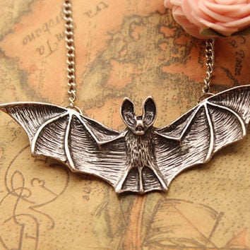 3D bat necklace,retro silver bat pendant,bat necklace---N036