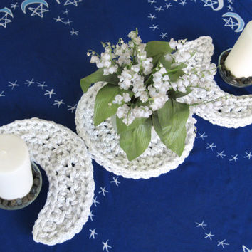 Silvery White Triple Moon Table Runner - Wiccan Altar Decor - Pagan Centerpiece - Imbolc Decor - Triple Moon Trivet - Pagan Decor