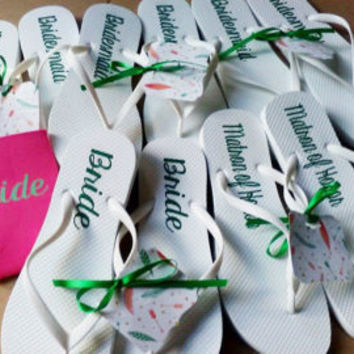 Personalized White Flip flops, Bride's Sandals, Wedding dance shoes, Bridal party favors, Bridesmaid gift