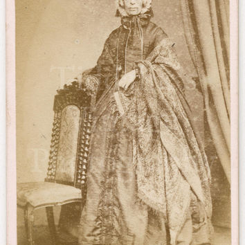 Victorian Old Lady Standing Portrait  CDV Carte de Visite Photo by J G Tunny of Edinburgh England