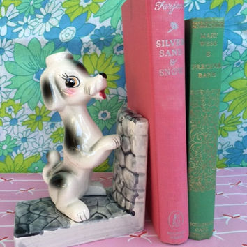 Retro poodle figurine book-end! Cute, vintage, kitsch poodle dog bookend! KiTsChY DeCoR!!